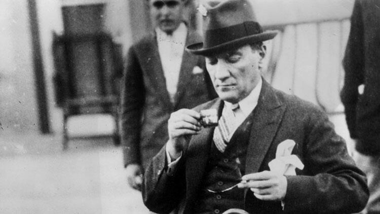 Atatürk'ün kaç kardeşi vardır